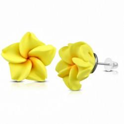 Boucles d'oreilles en forme de fleur de plumeria en argile polymère / fimo 8mm (paire) - FEM370