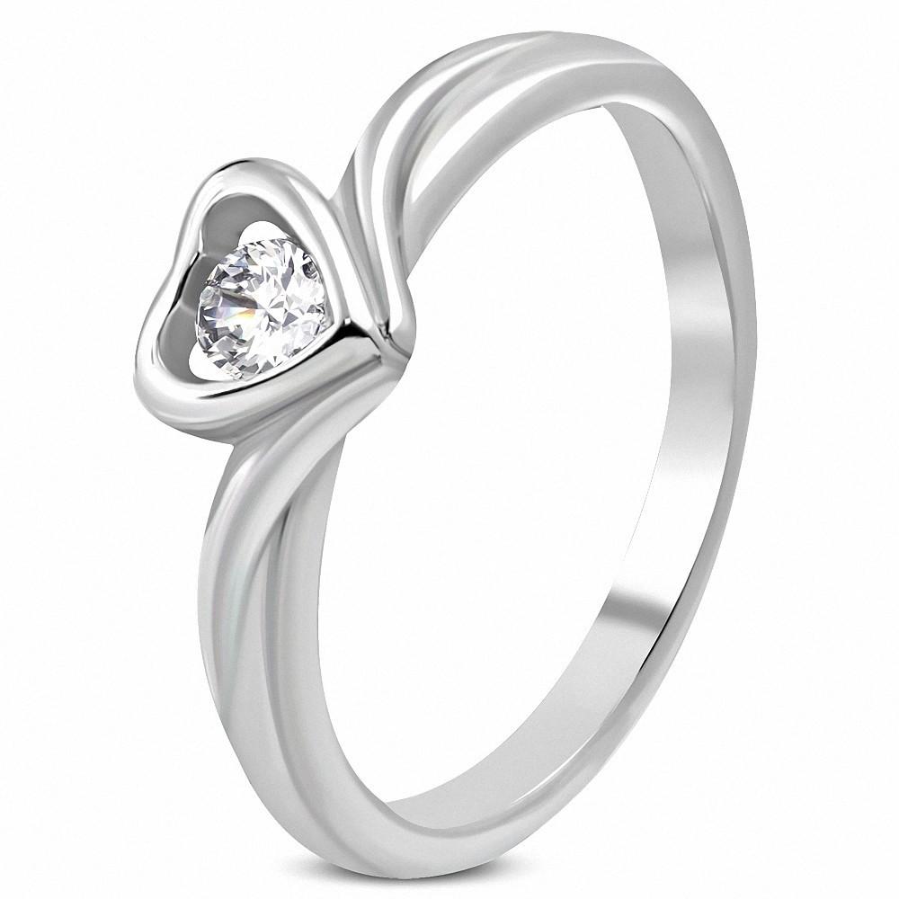 Bague de fiançailles en forme de coeur d'amour en acier inoxydable avec CZ transparente